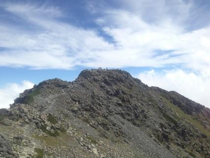 北岳山頂を望む1