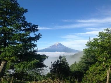 みつとうげ富士山